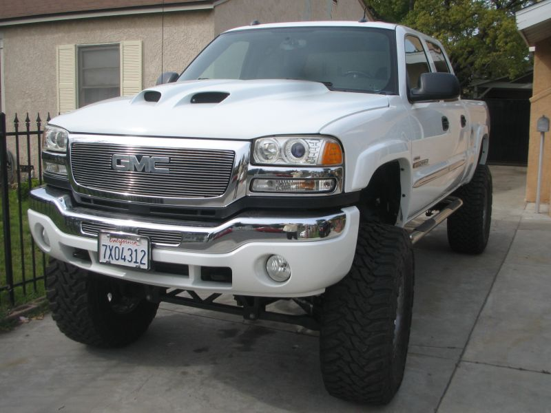 Pics Of Aftermarket Hood Chevy And Gmc Duramax Diesel Forum