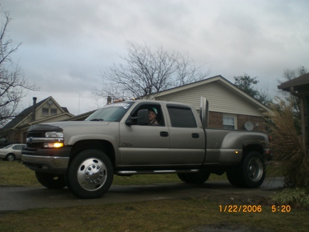 "Airdog Lift Pump >> 2009 3500 DRW on 22.5"" alcoa's anyone???? - Page 2 - Chevy and GMC Duramax Diesel Forum"