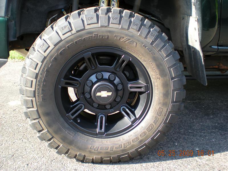 Duramax Diesel Forum >> black center caps - Chevy and GMC Duramax Diesel Forum