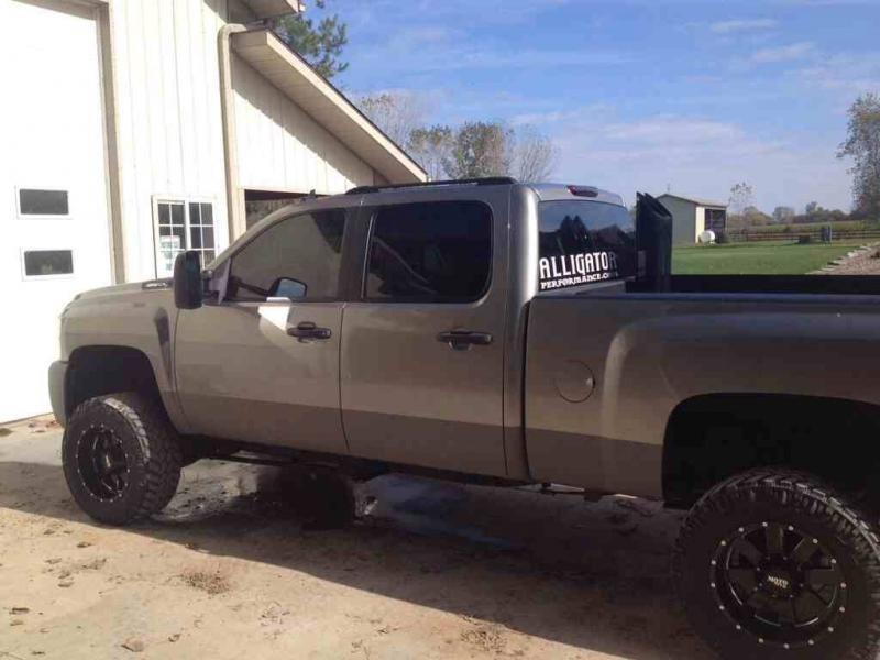 Bed Liner Paint Job >> rhino lined trucks pics - Chevy and GMC Duramax Diesel Forum