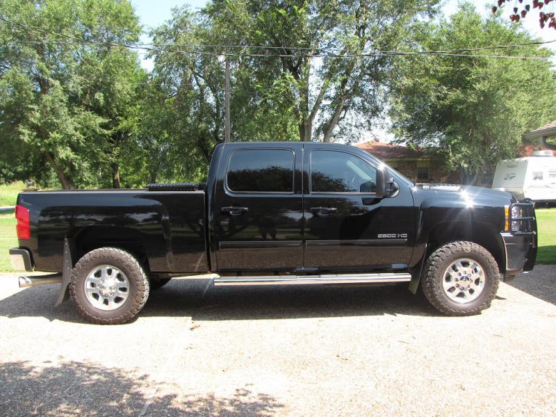 What leveling kit and biggest tires chevy and gmc duramax diesel what leveling kit and biggest tires chevy and gmc duramax diesel forum publicscrutiny Choice Image