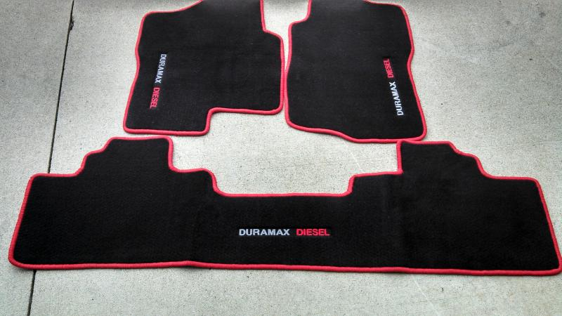 pair floor gmc with standard mat sierra lloyd cab black carpeted front logo red mats floors p