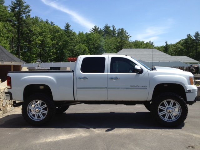Chevy and GMC Duramax Diesel Forum - View Single Post - 40x24's and