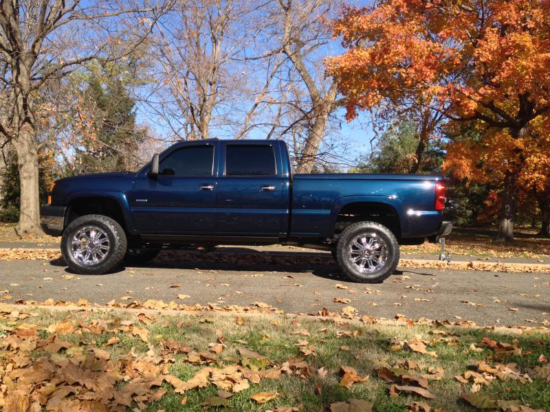 Lets See The Midnight Blue Trucks - Page 3 - Chevy and GMC Duramax Diesel Forum